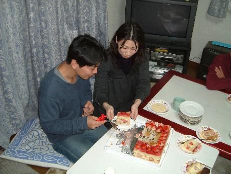 Cake_cuttingcutting